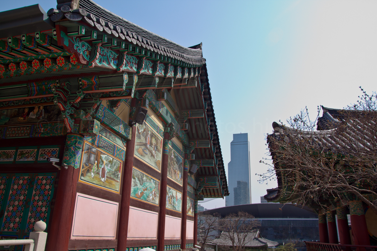 Temple within the skyscrapers
